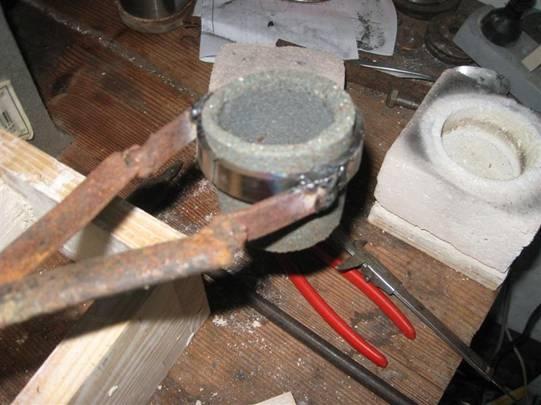 Fundición de metales en el horno de microondas – Espacio de Cesar