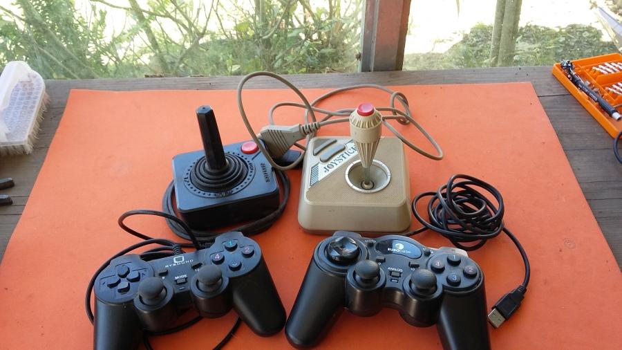 Reciclado de un joystick o gamepad y 4 ideas para usar suspartes